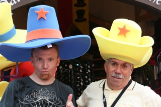 hats_08